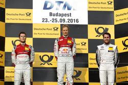Победитель гонки Маттиас Экстрём, Audi Sport Team Abt Sportsline, Audi A5 DTM; второе место Адриен Т