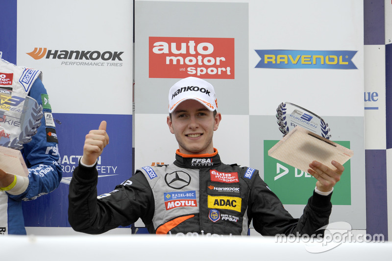 Podium des rookies : Anthoine Hubert, Van Amersfoort Racing Dallara F312 - Mercedes-Benz