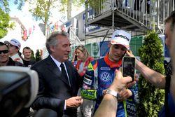 François Bayrou, Major of Pau since april 2014, former candidate in presidential elections 2002, 2007, 2012; Alessio Lorandi, Carlin Dallara F312 – Volkswagen