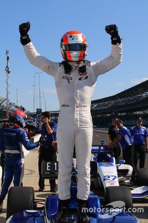 Race winner Ed Jones, Carlin