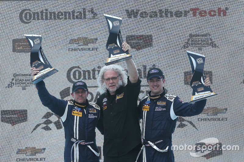 Podium: race winners #15 Multimatic Motorsports Mustang Boss 302R: Billy Johnson, Scott Maxwell