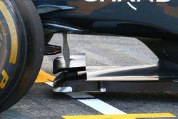 McLaren MP4-31 winglet detail