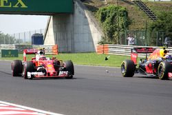 Max Verstappen, Red Bull Racing RB12, Kimi Raikkonen, Ferrari SF16-H aanrijding