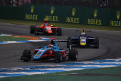Arjun Maini, Jenzer Motorsport leads Kevin Joerg, DAMS and Tatiana Calderon, Arden International