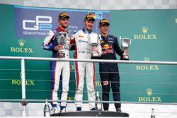Sergey Sirotkin, ART Grand Prix, Luca Ghiotto, Trident et Pierre Gasly, PREMA Racing stand on the podium