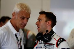 Matthias Müller, Chairman of the board Volkswagen and #1 Porsche Team Porsche 919 Hybrid: Timo Bernh