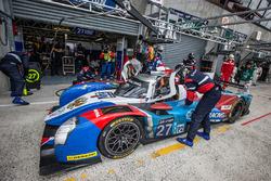 Pit stop for #27 SMP Racing BR01 Nissan: Nicolas Minassian, Maurizio Mediani, Mikhail Aleshin