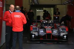 #7 Audi Sport Team Joest Audi R18 y el Dr. Wolfgang Ullrich, jefe de Audi Sport