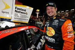 Yarış galibi Martin Truex Jr., Furniture Row Racing Toyota