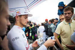 Marco Wittmann, BMW Team RMG, BMW M4 DTM with fans