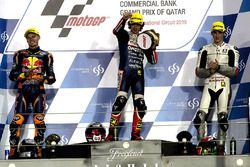 Podio. il vincitore Niccolò Antonelli, Ongetta-Rivacold, Honda; secondo Brad Binder, Red Bull KTM Ajo, KTM, terzo Francesco Bagnaia, Aspar Team Mahindra, Mahindra