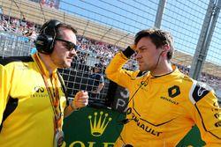 Julien Simon-Chautemps, Renault Sport F1 Team et Jolyon Palmer, Renault Sport F1 Team