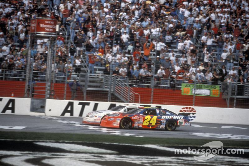 8) 0s006, Kevin Harvick (EUA), Atlanta (EUA), Nascar, 2001. 2º: Jeff Gordon