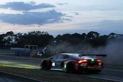 Crash of #60 Michael Shank Racing with Curb/Agajanian Ligier JS P2 Honda: John Pew, Oswaldo Negri, O