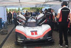 Автомобиль Porsche 919