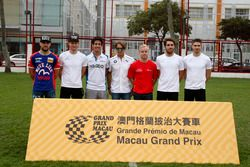 All former Macau race winners, Laurens Vanthoor, Craft Bamboo Racing, Porsche 911 GT3R, Maro Engel,