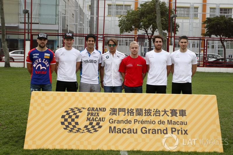 All former Macau race winners, Laurens Vanthoor, Craft Bamboo Racing, Porsche 911 GT3R, Maro Engel,