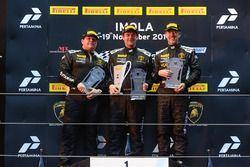 Podium Europe LB Cup : le vainqueur William Van Deyzen, Van Der Horst Motorsport, le deuxième, Gerard Van der Horst, Van Der Horst Motorsport,les troisièmes, Toro Loco: Tim Richards, Toro Loco