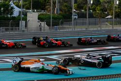 Bruno Senna, Williams FW34 and Nico Hulkenberg, Force India F1 VJM05