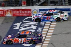 Denny Hamlin, Joe Gibbs Racing, Toyota Camry FedEx Freight A.J. Allmendinger, JTG Daugherty Racing,