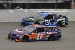 Denny Hamlin, Joe Gibbs Racing, Toyota Camry FedEx Freight and Ryan Newman, Richard Childress Racing, Chevrolet Camaro Okuma