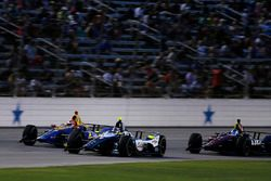 Alexander Rossi, Andretti Autosport Honda, Max Chilton, Carlin Chevrolet