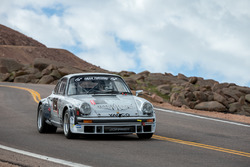 #19 Laure Many, Porsche 911 SC 3.0l Gr4