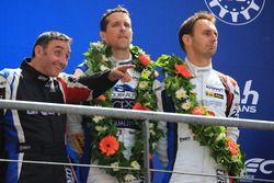 LMP2 podium: derde plaats Tristan Gommendy, Jonathan Hirschi, Graff Racing