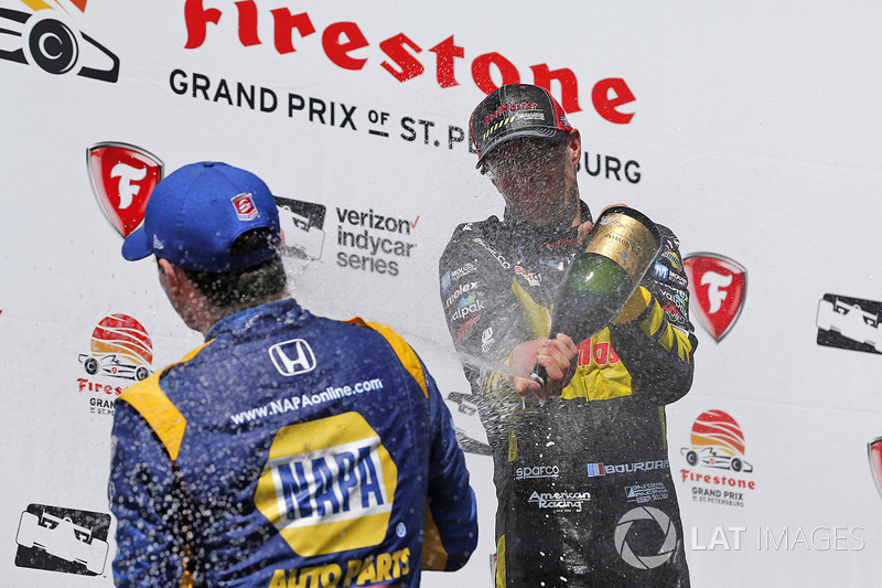 Sébastien Bourdais, Dale Coyne Racing with Vasser-Sullivan Honda, Graham Rahal, Rahal Letterman Lanigan Racing Honda, Alexander Rossi, Andretti Autosport Honda celebrate with champagne on the podium