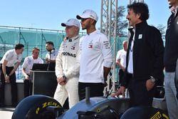 Гонщики Mercedes AMG F1 Льюис Хэмилтон и Валттери Боттас, Джузеппе Д'Арриго, Petronas