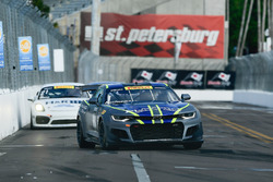 #1 Blackdog Speed Shop Chevrolet Camaro GT4.R: Lawson Aschenbach, #21 Muehlner Motorsports America P