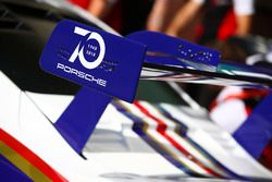 Автомобиль Porsche 911 RSR (№91) команды Porsche GT Team
