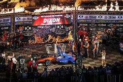 Scott Dixon, Chip Ganassi Racing Honda viert zijn overwinning