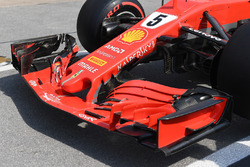 Ferrari SF71H front wing and nose