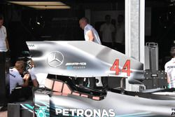 Mercedes AMG-F1 W09 cooling slot