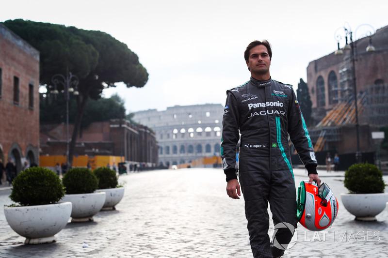 "№ 3. <img src=""https://cdn-0.motorsport.com/static/img/cfp/0/0/0/0/30/s3/brazil-2.jpg"" alt="""" width=""20"" height=""12""/> Нельсон Пике, Panasonic Jaguar Racing"