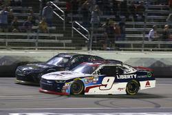 William Byron, JR Motorsports Chevrolet and Erik Jones, Joe Gibbs Racing Toyota