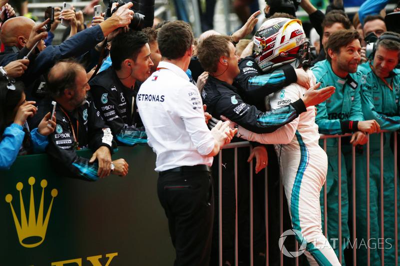 Lewis Hamilton, Mercedes AMG F1, rayakan kemenangan