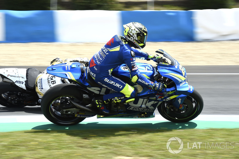 Andrea Iannone, Team Suzuki MotoGP, getting off the racing line