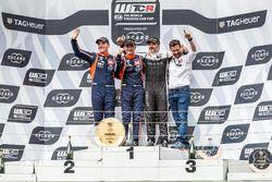 Подиум: победитель Габриэле Тарквини, второе место – Норберт Михелис, BRC Racing Team, третье место – Иван Мюллер, YMR