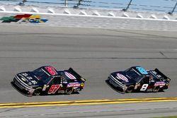 Joe Nemechek, NEMCO Motorsports, D.A.B. Constructors, Inc. / Fleetwing Chevrolet Silverado y John Hu