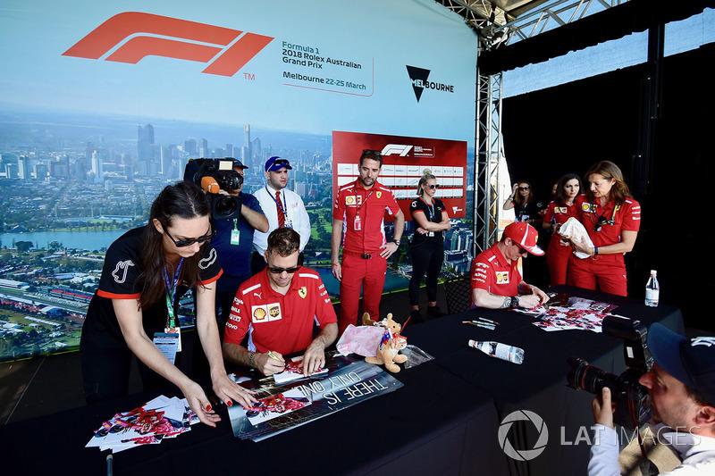 Sebastian Vettel, Ferrari ve Kimi Raikkonen, Ferrari imza seansında