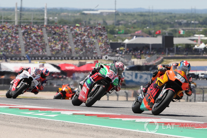 Bradley Smith, Red Bull KTM Factory Racing, Aleix Espargaro, Aprilia Racing Team Gresini