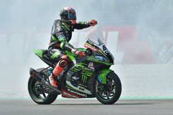 Race winner Tom Sykes, Kawasaki Racing