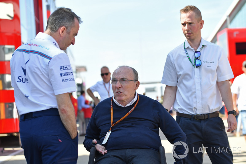 Paddy Lowe, acionista e diretor técnico da Williams, e Frank Williams, dono da Williams