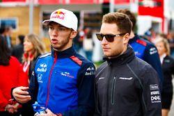 Pierre Gasly, Toro Rosso, en Stoffel Vandoorne, McLaren