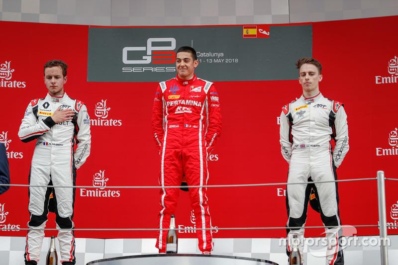 Le deuxième Anthoine Hubert, ART Grand Prix, le vainqueur, Giuliano Alesi, Trident, le troisième Jake Hughes, ART Grand Prix
