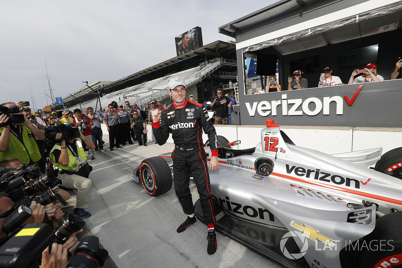 Ganador de la pole position Will Power, Team Penske Chevrolet