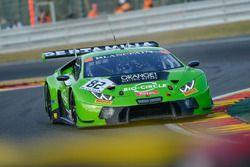 #82 GRT Grasser Racing Team Lamborghini Huracan GT3: Rolf Ineichen, Franck Perera, Phil Keen