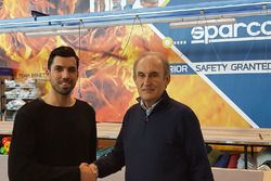 Simone Campedelli, Orange1 Racing, con Claudio Pastoris, CEO Sparco